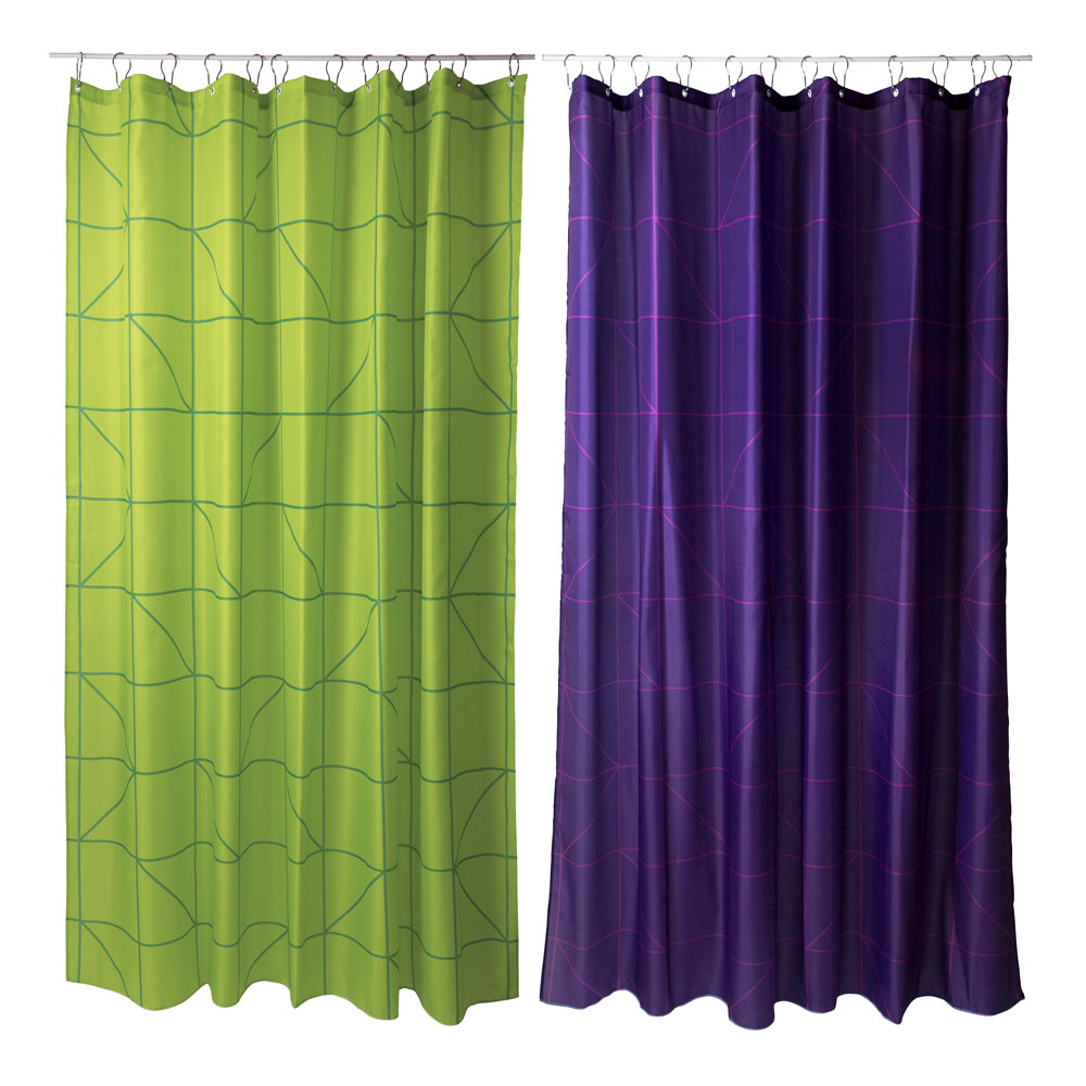duschvorhang mit kontrast linien sch ne farben und klare. Black Bedroom Furniture Sets. Home Design Ideas