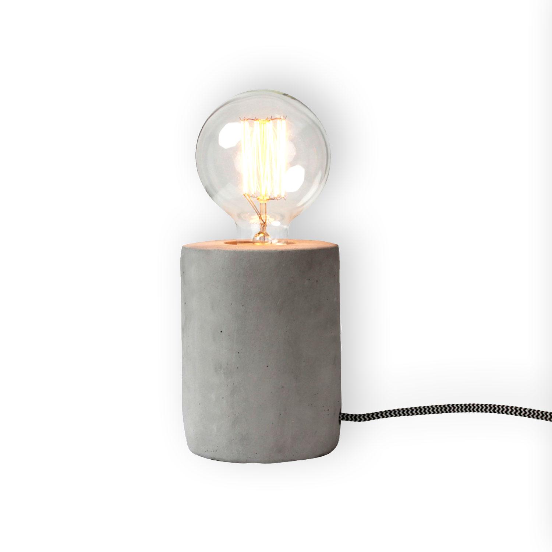 tischleuchte beton zylinder lampe mit textilkabel kramsen. Black Bedroom Furniture Sets. Home Design Ideas